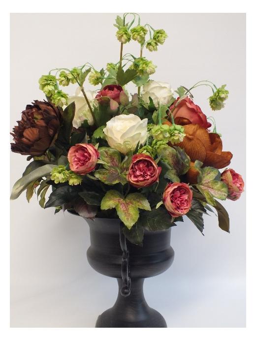 #artificialflowers #fakeflowers #decorflowers #fauxflowers#arrangement#manor