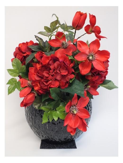 #artificialflowers #fakeflowers #decorflowers #fauxflowers#arrangement#red#