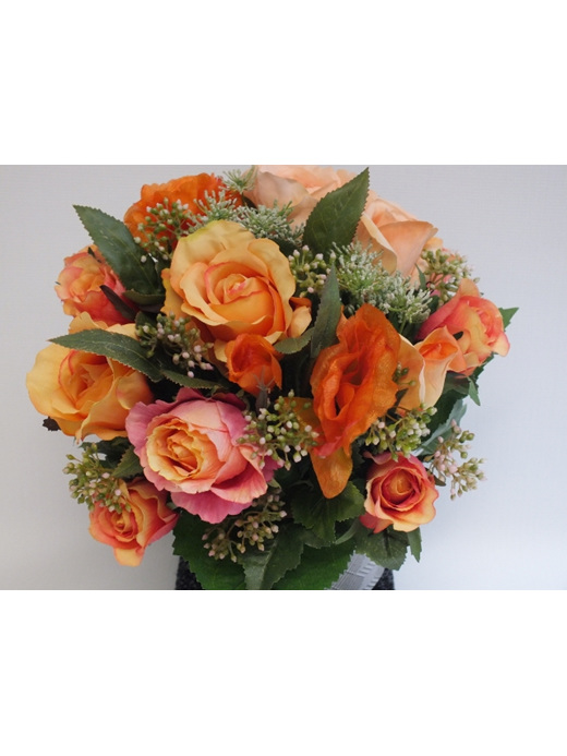 #artificialflowers #fakeflowers #decorflowers #fauxflowers#arrangement#roses#