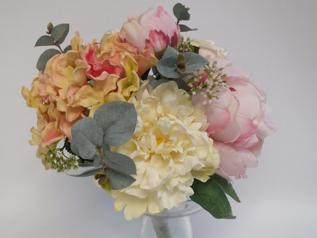 #artificialflowers #fakeflowers #decorflowers #fauxflowers#bridal#silk