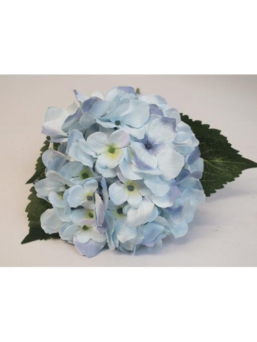 #artificialflowers #fakeflowers #decorflowers #fauxflowers #hydrangea