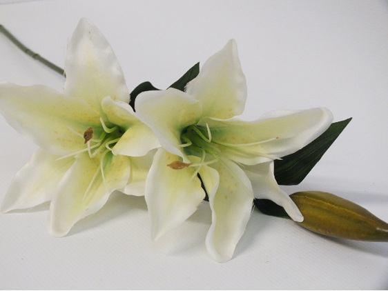 #artificialflowers #fakeflowers #decorflowers #fauxflowers#lily