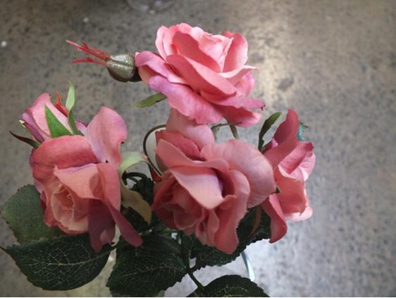 #artificialflowers #fakeflowers #decorflowers #fauxflowers#mini#rose#pink