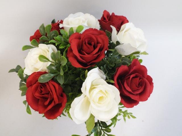 #artificialflowers #fakeflowers #decorflowers #fauxflowers#roses