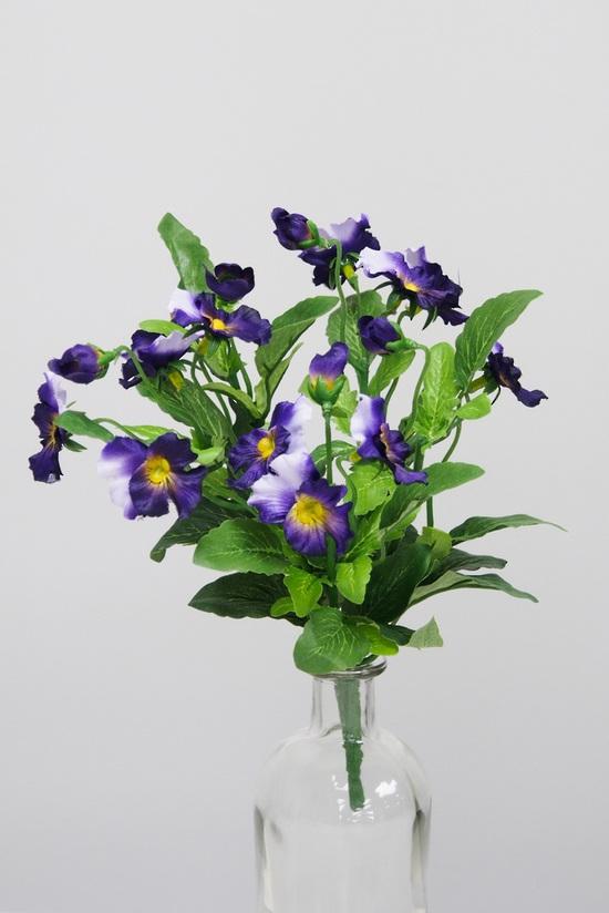 #artificialflowers#fakeflowers#decorflowers#fauxflowers#silk#pansyplant#purple