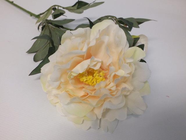 #artificialflowers#fakeflowers#decorflowers#fauxflowers#silk#peony#cream