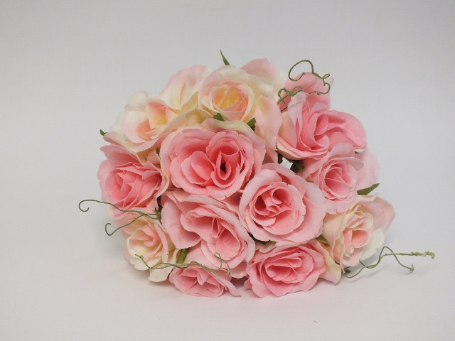#artificialflowers#fakeflowers#decorflowers#fauxflowers#silkflowers#rose#posy
