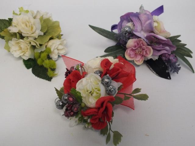 #artificialflowers#fakeflowers#decorflowers#fauxflowers#corsage