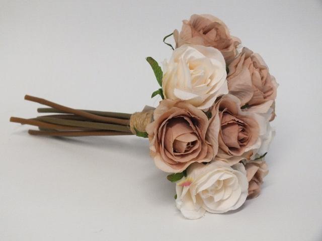#artificialflowers#fakeflowers#decorflowers#fauxflowers#silkflowers#coffee#rose