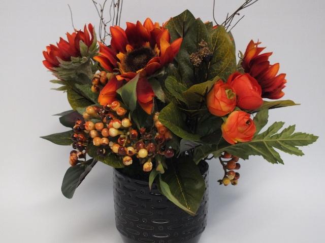 #artificialflowers#fakeflowers#decorflowers#fauxflowers#silkflowers#container#or