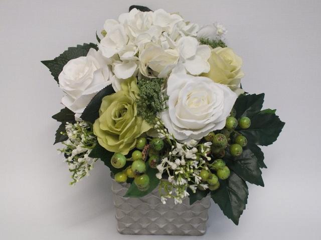#artificialflowers#fakeflowers#decorflowers#fauxflowers#silkflowers#green#cream