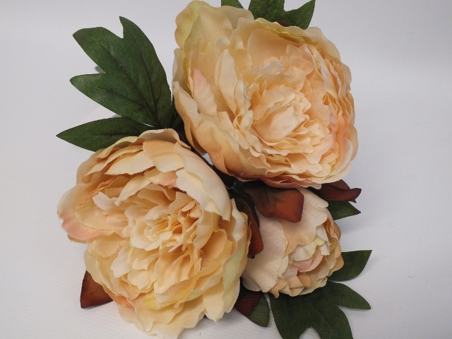 #artificialflowers#fakeflowers#decorflowers#fauxflowers#silkflowers#peony#cream
