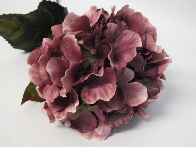 #artificialflowers#fakeflowers#decorflowers#fauxflowers#silkflowers#hyndrangea#m