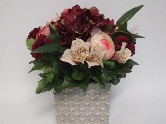 #artificialflowers#fakeflowers#decorflowers#fauxflowers#silkflowers#rust#pink