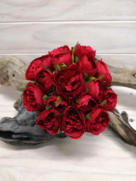 #artificialflowers#fakeflowers#decorflowers#fauxflowers#silkflowers#roseposy#red