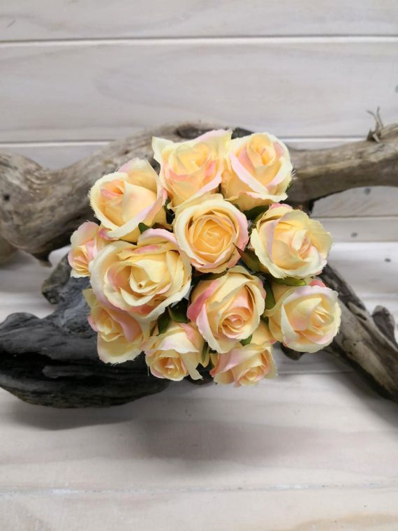 #artificialflowers#fakeflowers#decorflowers#fauxflowers#silkflowers#rosebud#posy