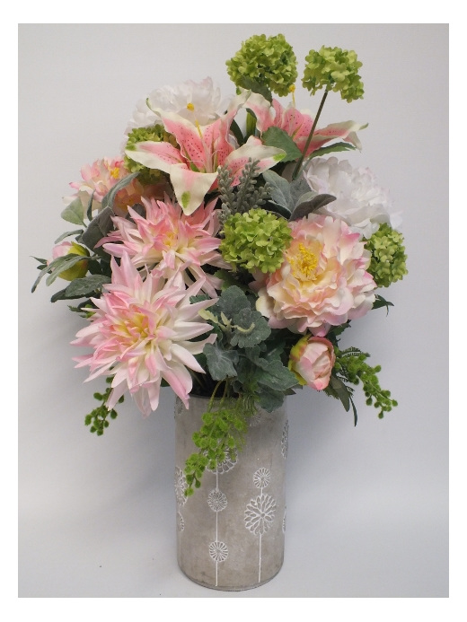 #artificialflowers#fakeflowers#decorflowers#fauxflowers#silkflowers#pinks#contai