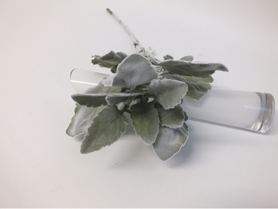 #artificialflowers#fakeflowers#decorflowers#fauxflowers#silk#dustymiller#grey