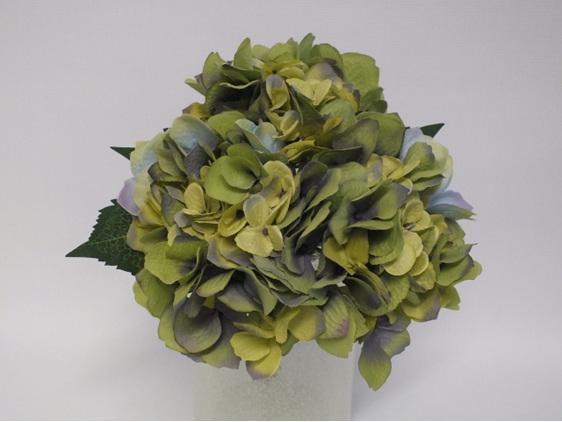 #artificialflowers#fakeflowers#decorflowers#fauxflowers#hydrangea#posy