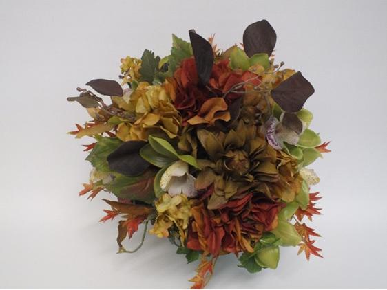 #artificialflowers#fakeflowers#decorflowers#fauxflowers#arrangement#autumnal