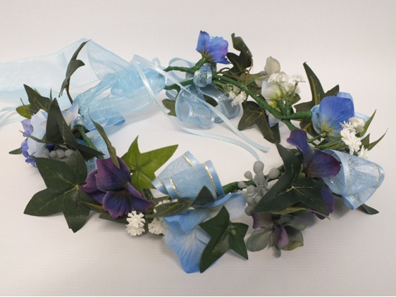 #artificialflowers#fakeflowers#decorflowers#fauxflowers#circlet#blue