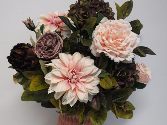 #artificialflowers#fakeflowers#decorflowers#fauxflowers#silkflowers#apricot#oliv