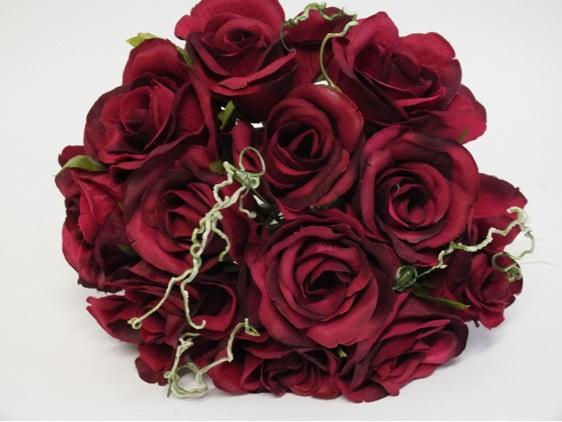 #artificialflowers#fakeflowers#decorflowers#fauxflowers#silkflowers#rose#posy#hp