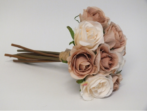 #artificialflowers#fakeflowers#decorflowers#fauxflowers#silkflowers#coffee#rose