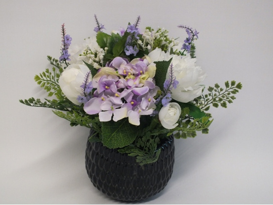 #artificialflowers#fakeflowers#decorflowers#fauxflowers#silkflowers#mauve#white