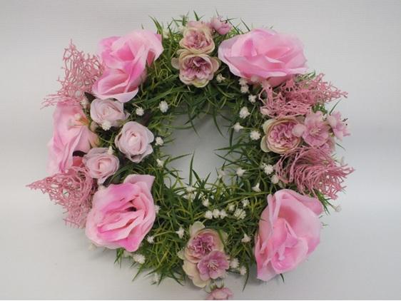 #artificialflowers#fakeflowers#decorflowers#fauxflowers#silkflowers#rose#wreath