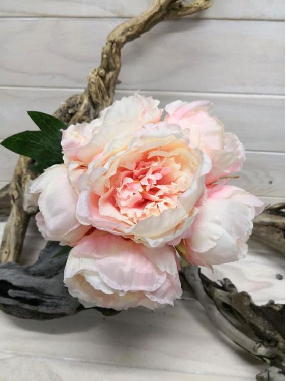 #artificialflowers#fakeflowers#decorflowers#fauxflowers#silkflowers#posy#palepin
