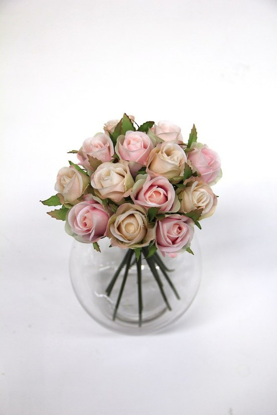 #artificialflowers#fakeflowers#decorflowers#fauxflowers#silkflowers#posy#rosebud