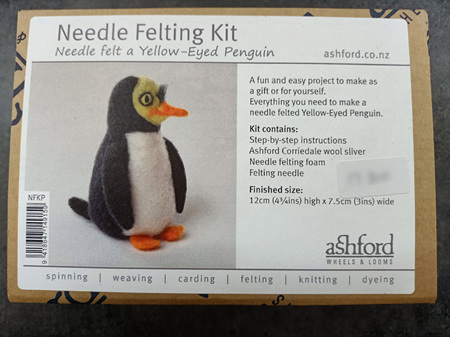 Ashford Needle Felting Kit - Yellow Eyed Penguin