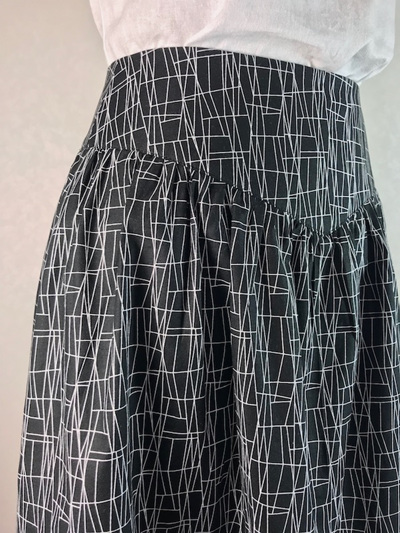 Atomic web yoke skirt