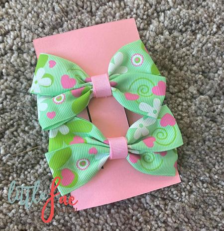 Baby Green Daisy Heart Bows