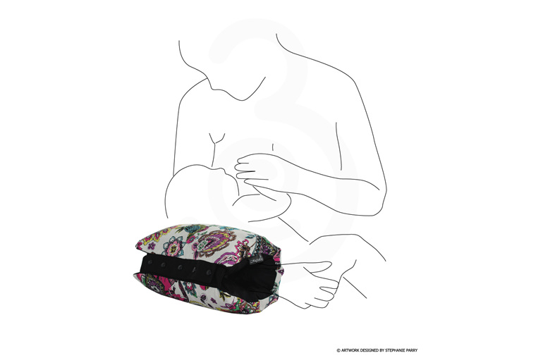 BabyBaby Line drawing of mum using one of their nursing sleeves