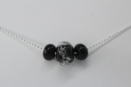 Ball chain bead necklace - Black bubbles