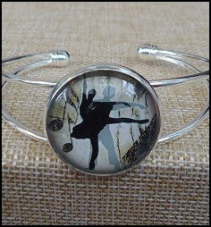 Ballerina Glass Dome Bangle