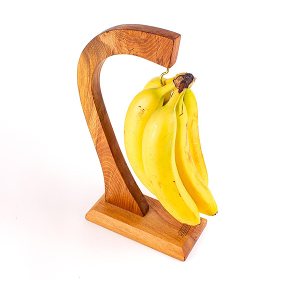 banana hanger - heart rimu