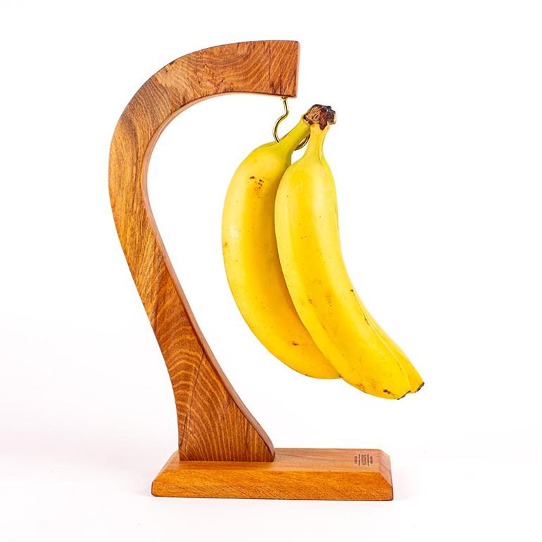 banana hanger rimu with bananas