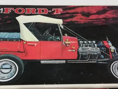 Bandai 1/24 Ford T Hot Rod