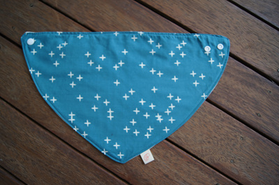 "Bandana Bib, ""Wink, Teal"" GOTS Organic Cotton, Size 3m to Toddler"