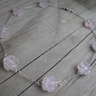 Bead chain - Rose quartz flower (Child Size)