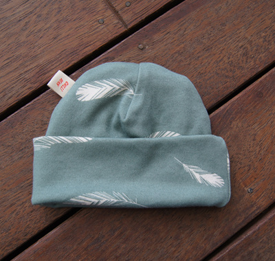 Beanie in 'Feathers, Mineral' GOTS Organic Cotton, 0-3 mths