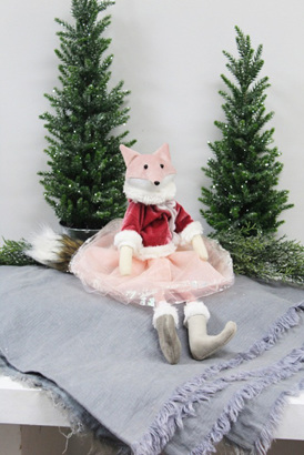 Beautiful pink fox with velvet jacket - beautiful!