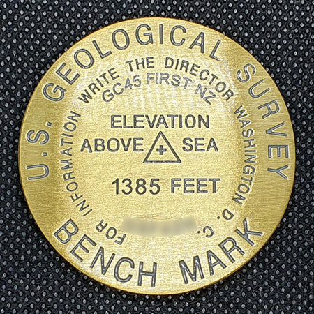 Benchmark Geocoin - GC45 First New Zealand LE