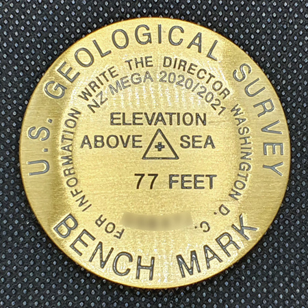 Benchmark Geocoin - NZ Mega 2020/2021  Bronze LE