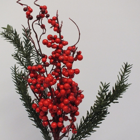 Berry and Cedar Spray 3046
