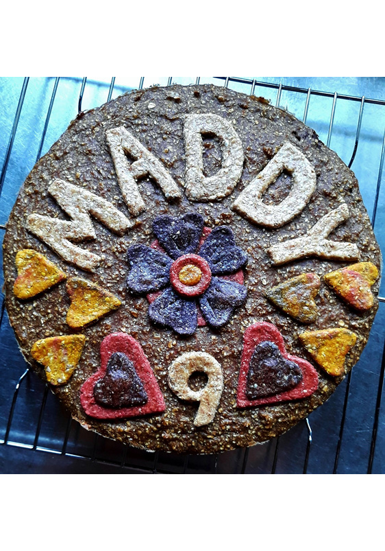 Birthday cake for 9 year old Maddy