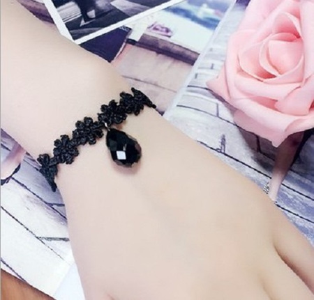 Black Lace Single Drop Bracelet